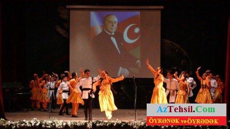 181 saylı məktəbdə Ümummilli Lider Heydər Əliyevin 93-cu ildönümü qeyd edilib...