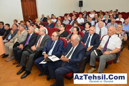 ADPU-nun rektoru, professor Cəfər Cəfərov Rektoryanı Şuranın iclasını keçirib