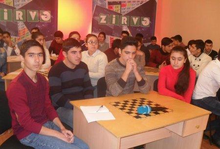 """""""Zirvə"""" intelektual bilik yarışmasının Ağstafa rayonu üzrə seçim turu keçirilib"""