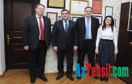 """ADNSU-nun rektoru """"Thomson Reuters"""" jurnalının MDB ölkələri üzrə nümayəndələri ilə görüşüb"""