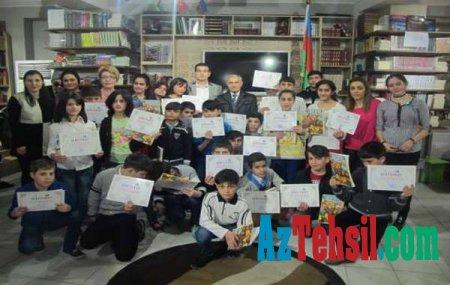 İnternat uşaqları Beynəlxalq Uşaq Kitabı Günündə