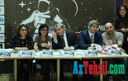 """Bakı məktəbliləri arasında """"Kosmonavtika günü""""nə həsr olunmuş müsabiqə keçirilib"""