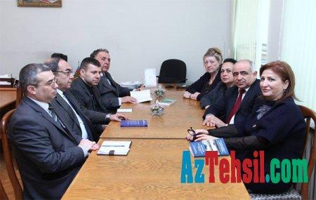 ADPU-da tanınmış rusiyalı alim Nina Litvinova  ilə görüş olub