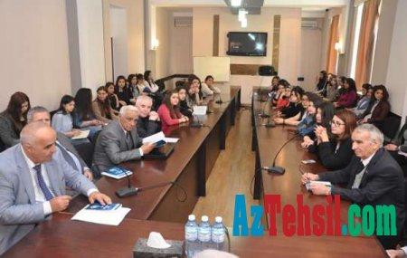 """ADU-da """"Türk sonetləri"""" kitabının təqdimatı keçirildi"""