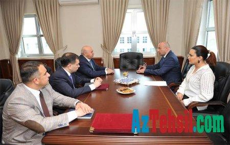 AMEA Bakı Mühəndislik Universiteti ilə əməkdaşlıq edəcək (FOTO)