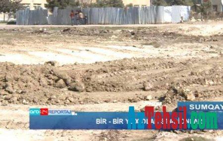 Sumqayıtda məktəb stadionlarını satırlar..VİDEO