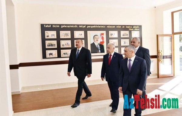 Prezident İlham Əliyev 74 nömrəli məktəbdə əsaslı təmirdən sonra yaradılan şəraitlə tanış olub