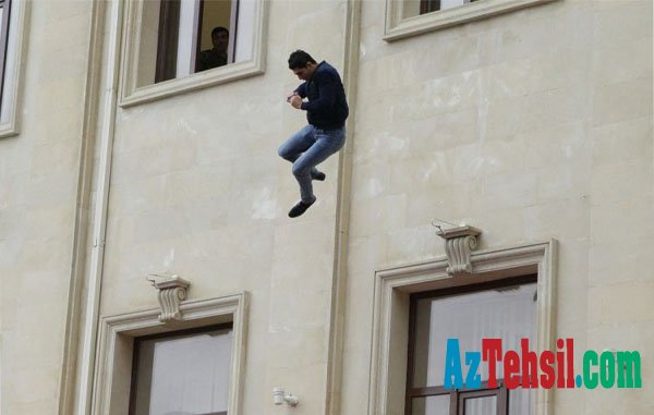 İranlı tələbə sevdiyi qızla dalaşıb intihar etdi - BAKIDA