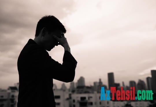"""10-cu sinif şagirdinin müəmmalı intiharı:  """"Sinif yoldaşlarından ayrılandan sonra..."""""""