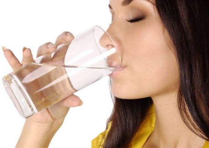 İsti suyun bu faydalarını bilmirsiniz - Min bir dərdin dərmanı