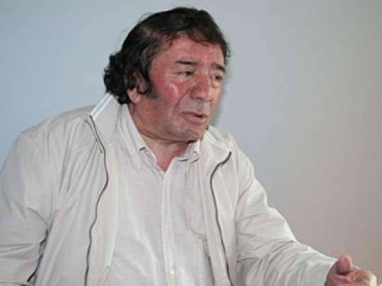 """""""Hər hansı sözü əvəzləyib işlətmək üçün hoqqabazlıq etmək düzgün deyil""""- Musa Yaqub"""