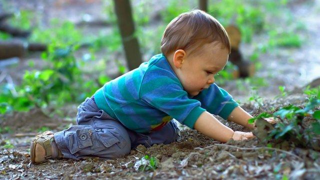 Uşaqlar niyə torpaq yeyir? – Bu xəstəlik ölümə də səbəb olur