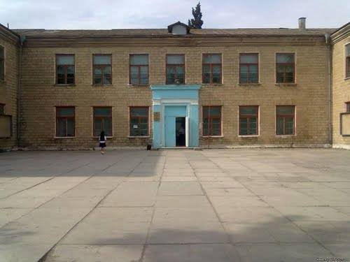 Sumqayıtda bu məktəbin direktoru işdən azad olundu - FOTO