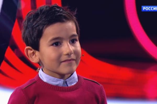 6 yaşlı azərbaycanlı uşaq yenə dünyanı heyran qoydu– VİDEO