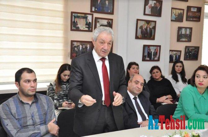 """ADU-da """"Türkologiya"""" jurnalının fəaliyyəti ilə bağlı dəyirmi masa keçirilib"""