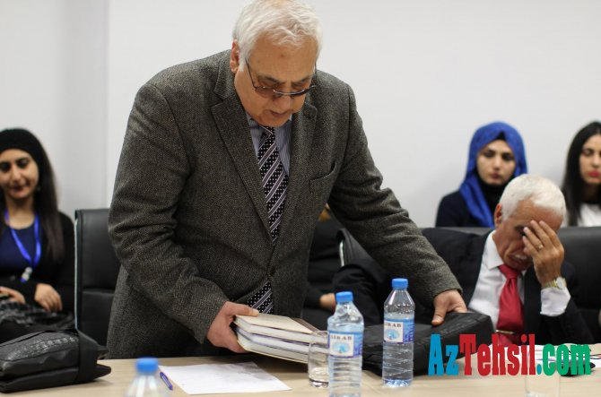 MEK fondlarında mühafizə olunan çap və rəqəmsal ensiklopediyaların təqdimatını keçirib