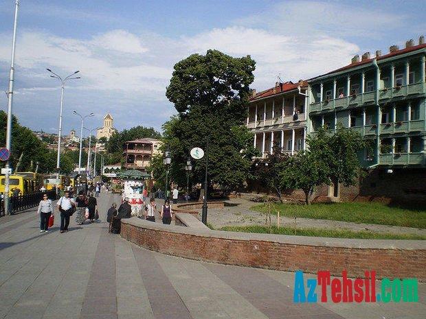 Tbilisidə azərbaycanlı məktəbli faciəvi şəkildə öldü
