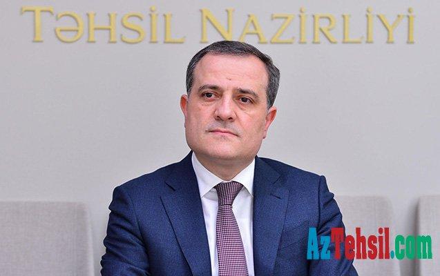 Təhsil naziri Xızıda vətəndaşlarla görüşəcək