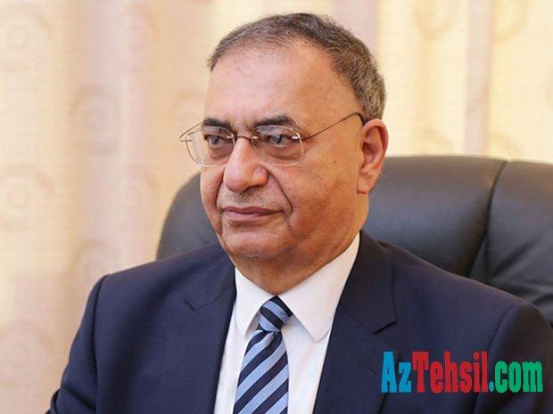 Deputat Bakı İslam Universitetinin bağlanmasını alqışladı