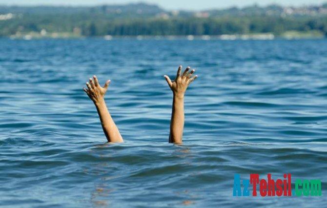 Tələbə  Qara dənizdə boğuldu