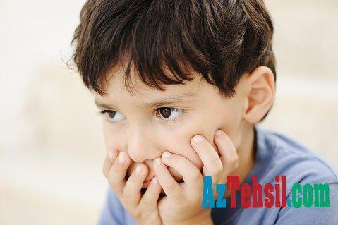 Məktəb öncəsi və məktəb dövründə olan uşaqlarda bu problem daha çox müşahidə olunur