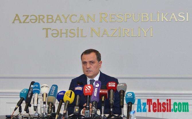 Təhsil naziri press brifinq keçirib