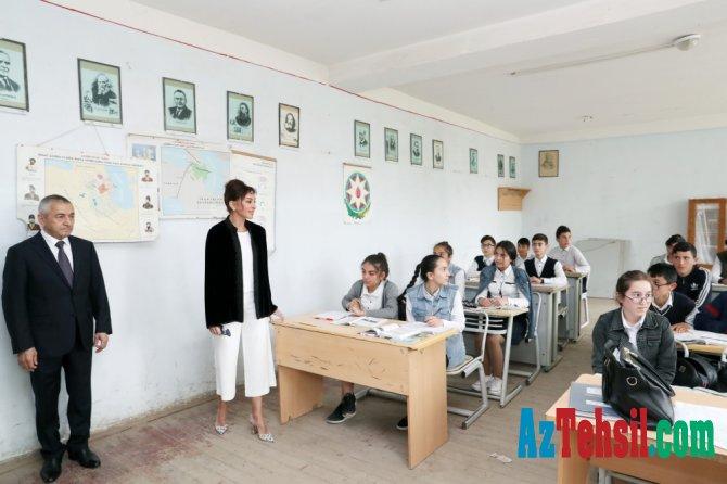 Mehriban Əliyeva 113 saylı tam orta məktəbin təmiri ilə bağlı göstəriş verdi