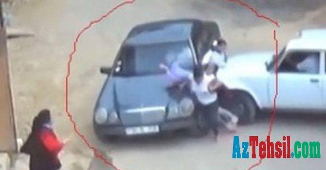Azərbaycanda taksi sürücüsü maşını şagirdlərin üstünə sürdü