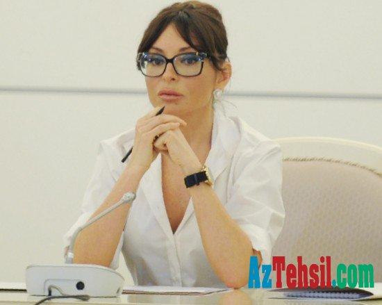 Tarix müəllimi Mehriban Əliyevaya müraciət ünvanladı-