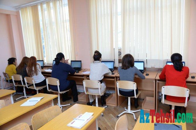 İKT üzrə təlimlərdə 4000 təhsil işçisi iştirak edib