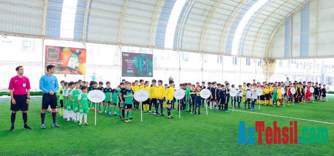 """Futbolçulardan ibarət komandalar arasında """"Təhsil Liqası""""na start verilib"""