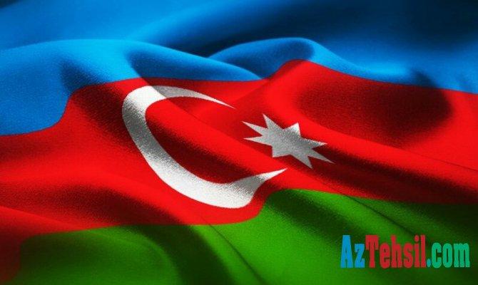 Azərbaycan bayrağı .