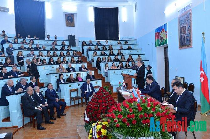 Azərbaycan Tibb Universitetində beynəlxalq elmi-praktik konfrans keçirilib