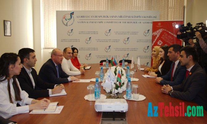 """Milli Paralimpiya Komitəsi ilə """"Bir"""" Tələbə-Könüllü Proqramı arasında anlaşma memorandumu imzalanıb"""