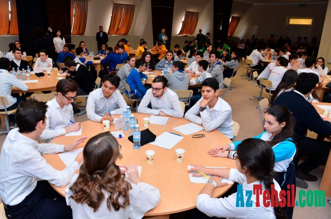 Məktəblilərarası onlayn intellektual yarışlar