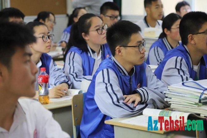 Çin məktəblərində tədrisə start verilib