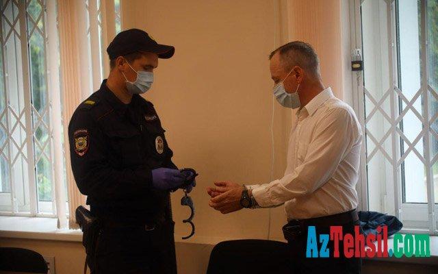 Rusiyada qız şagirdini yanından vuran müəllim 9,5 il cəza aldı