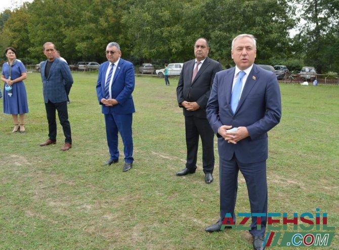 Balakəndə deputat Nəsib Məhəməliyevin təşəbbüsü ilə kənd futbolunun inkişafı ilə bağlı tədbir keçirildi