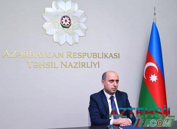 Təhsil naziri Abşeron rayon və Sumqayıt şəhər sakinlərini videobağlantı vasitəsilə qəbul edib