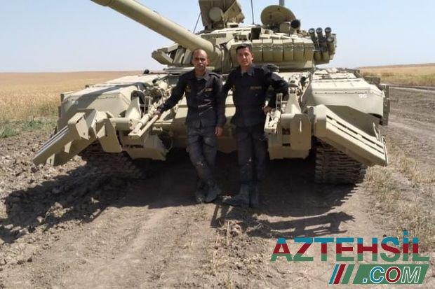 İdarə etdiyi tankın üzərinə döyüş yoldaşları tərəfindən adı yazılan şəhidimiz - FOTO/VİDEO