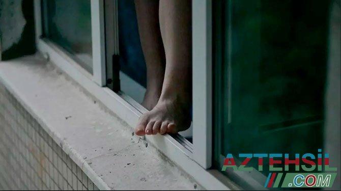 Abşeron rayonunda 15 yaşlı qız intihara cəhd etdi - VİDEO
