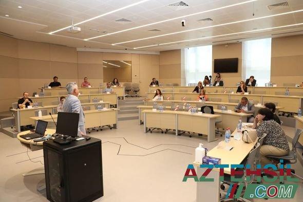 ADA Universitetinin təşkilatçılığı ilə növbəti media seminarı keçirilib - FOTO