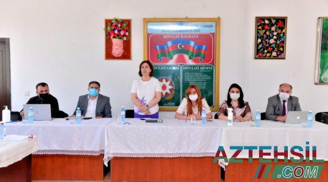 """Qaradağ və Sabunçuda """"Məktəb hesabatları""""dinlənilib"""