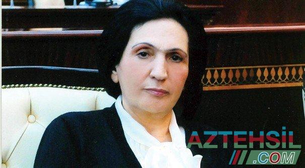 """""""Şöbə müdiri dedi ki, aldığı pullar rektor Nurlana xanıma çatır"""""""